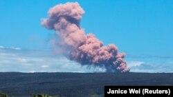Pamje të vullkanit në Malin Kilauea, Havaji.