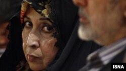زهرا رهنورد، همسر میرحسین موسوی، از رهبران مخالفان دولت.