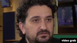Istoricul Mădălin Hodor a anunțat pe pagina sa de Facebook că a câștigat procesul cu Ion Cristoiu.