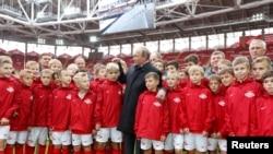 "Владимир Путин на стадионе ""Открытие-Арена"""
