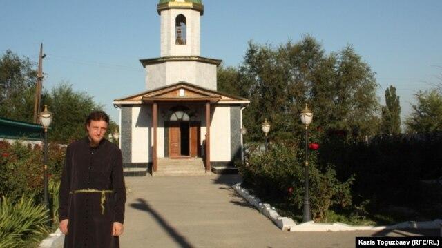 Софроний әкей. Түймебаев ауылы, Алматы облысы, 3 қыркүйек 2013 жыл.