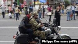 Luqanskda rusiyapərəst separatçı həyat yoldaşı ilə