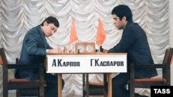 Легендарний поєдинок Карпова і Каспарова, Москва, 25 вересня 1984 року