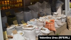 La piața din Telenești