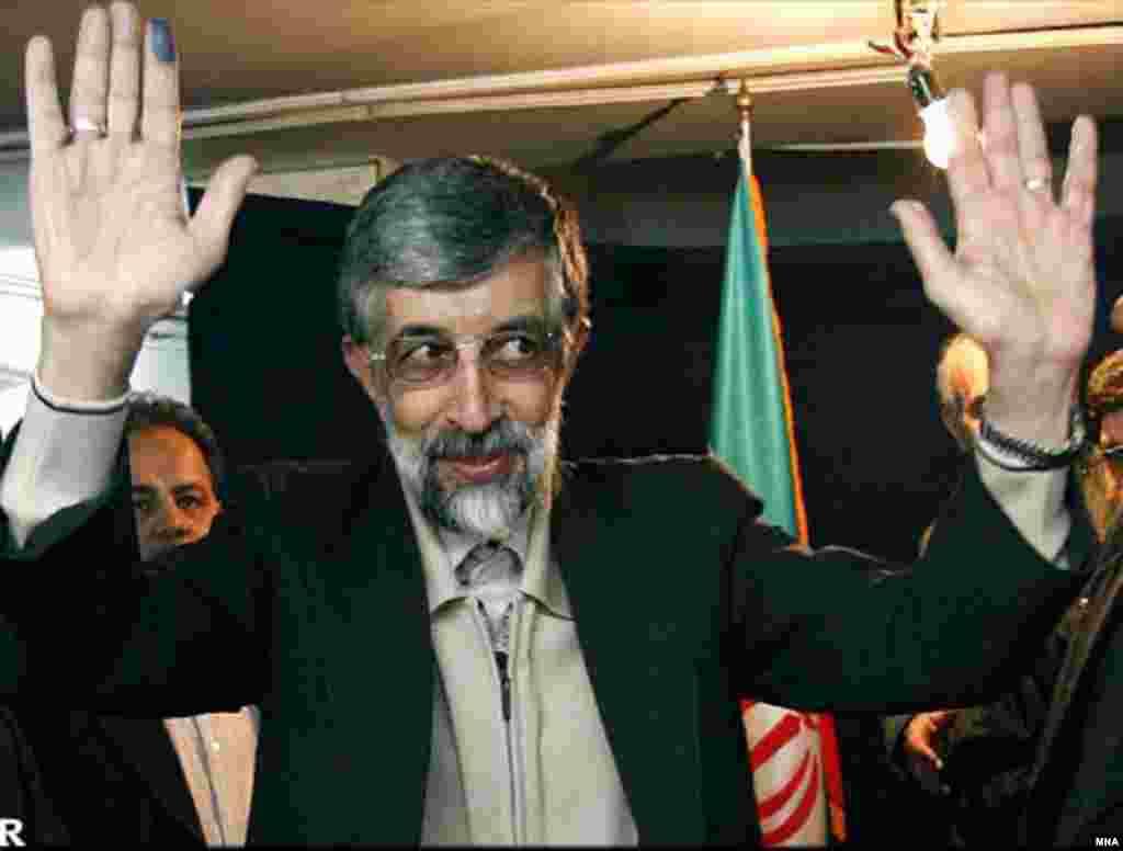 مجلس شورای اسلامی ايران امروز سه شنبه به افزايش سن رای دهندگان در انتخابات شوراها رای داد .