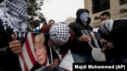 La un protest de la Ramallah