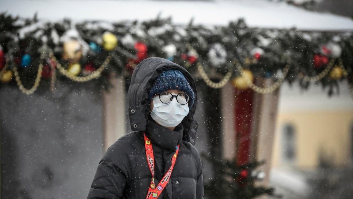 Власти России запретили импорт медицинских масок