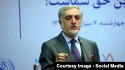 عبدالله: ادارات از کارکرد هایشان به اسرع وقت معلومات دهند