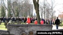 Вялікую частку гарадзенскіх вайсковых могілак на вул. Белуша займаюць магілы польскіх жаўнераў