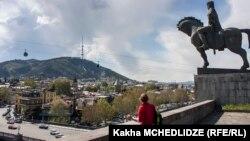 MTV отмечает, что грузинская столица отлично подходит и для романтического отпуска