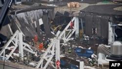 Рига: на месте рухнувшего здания супермаркета Maxima (22 ноября 2013 года)