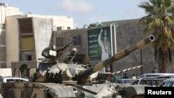 В вооружении Ливия недостатка не испытывает, а вот в специалистах - напротив