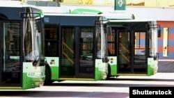 Раніше в ЗМІ з'явилася інформація про намір міської влади підняти вартість проїзду у наземному комунальному транспорті до 8 гривень
