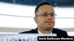Петер Сійярто бачить «посилення антиугорських настроїв» та погрожує сповільнювати рух України у бік ЄС і НАТО