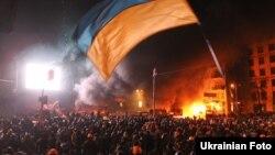 Протистояння на вулиці Грушевського між демонстрантами і правоохоронцями, Київ, 20 січня 2014 року