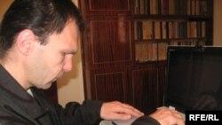 Հայաստան -- Վահան Սարգսյանը պատմում է իր հոգսերի մասին, Վանաձոր, 3-ը դեկտեմբերի, 2009թ.