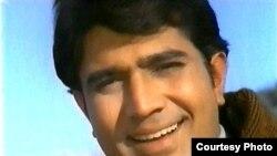 د هندي فلمي صنعت بالي ووډ لومړی وتلی ستوری راجېش کنه