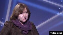 سوتلانا الکسویچ نویسنده اهل بلاروس و برنده جایزه ادبیات نوبل
