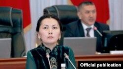 Аида Салянова парламентте. 17-апрель, 2014-жыл.