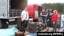 Расейцы з Бранску купляюць палескія трускалкі
