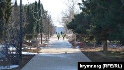 Проход для севастопольцев в парк закрыт