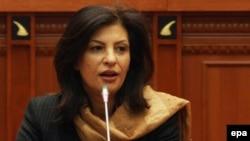 Претседателката на албанскиот Парламент Јозефина Топали