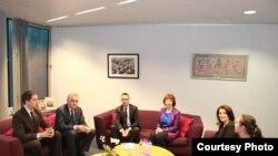 Predsednici Kosova i Srbije Atifete Jahjaga i Tomislav Nikolić sastali su se po prvi put u Briselu, uz posredovanje visoke predstavnice EU Ketrin Ešton, Brisel, 6.2.2013.