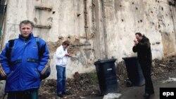 Nezaposlenost, ipak, i dalje visoka: Fizički radnici na ulicama Praga čekaju poslodavca