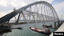 Строящийся Керченский мост