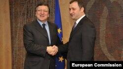 Premierul Vlad Filat primit de Jose Manuel Barroso la Bruxelles, în 2011