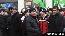 Москвадагы өзбекстандык мигранттар.
