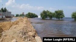 Благовещенск. Вода подступает к жилым кварталам