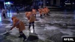 Тбилиси: мытьем улиц по коронавирусу (архивное фото)