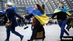Во время дебатов Петра Порошенко и Владимира Зеленского на НСК «Олимпийский» в Киеве, 19 апреля 2019 года