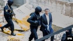 Бывшего премьер-министра Молдовы осудили за вывод из страны миллиарда долларов