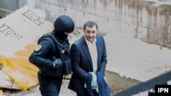 Vlad Filat sub escortă