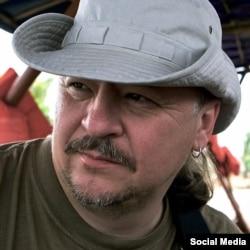 Микола Халезін