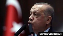 Președintele turc, Recep Tayyip Erdogan adresându-se Parlamentului de la Ankara la 16 octombrie 2019