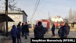 В селе Масанчи Кордайского района после прошедших там погромов. Жамбылская область, 8 февраля 2020 года.