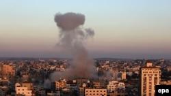 شهر غزه پس از حمله هوایی اسرائیل، ۱۱ ژوئيه