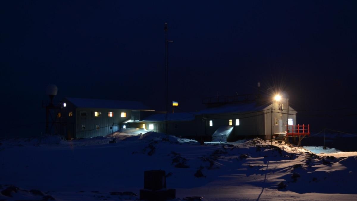 Участники летней антарктической экспедиции смогли выехать в Украину – МОН