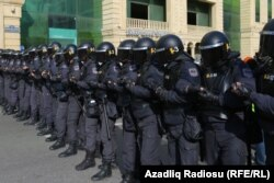 Полицияның арнаулы жасағы. Баку, Әзербайжан, 16 ақпан 2020 жыл.