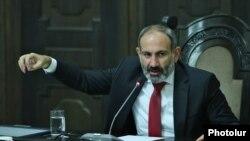 Nikol Pashinian Yerevanda mətbuat konfransı keçirir, 20 iyul, 2018-ci il