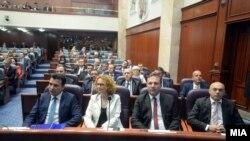 Седница на Собранието за избор на Влада. Зоран Заев, Радмила Шеќеринска, Оливер Спасовски, Хазби Лика.