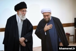 احمد مروی، تولیت کنونی آستان قدس رضوی، در کنار رهبر جمهوری اسلامی