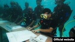 Podvodno zasedanje na Maldivima