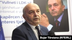Isa Mustafa.