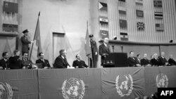 1948 – Генэральная Асамблея ААН зацьвярджае Ўсеагульную дэклярацыю правоў чалавека