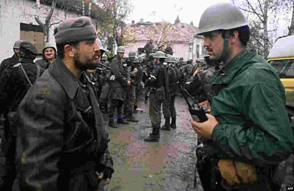 Pas tubimit në Gazimestan, nisën luftërat e përgjakshme në Jugosllavi. Në vjeshtën e vitit 1991, Vukovari në Kroaci ra dhe një masakër e civilëve kroatë u krye në fshatin Skabërnja.