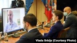 Opšti izbori u Srbiji trenutno su u fokusu međunarodnih posmatrača. Bili su tema i onlajn sastanka premijerke Ane Brnabić i izvestioca Evrpskog parlamenta za Srbiju Vladimira Bilčika, održanog 22. maja. 2020.